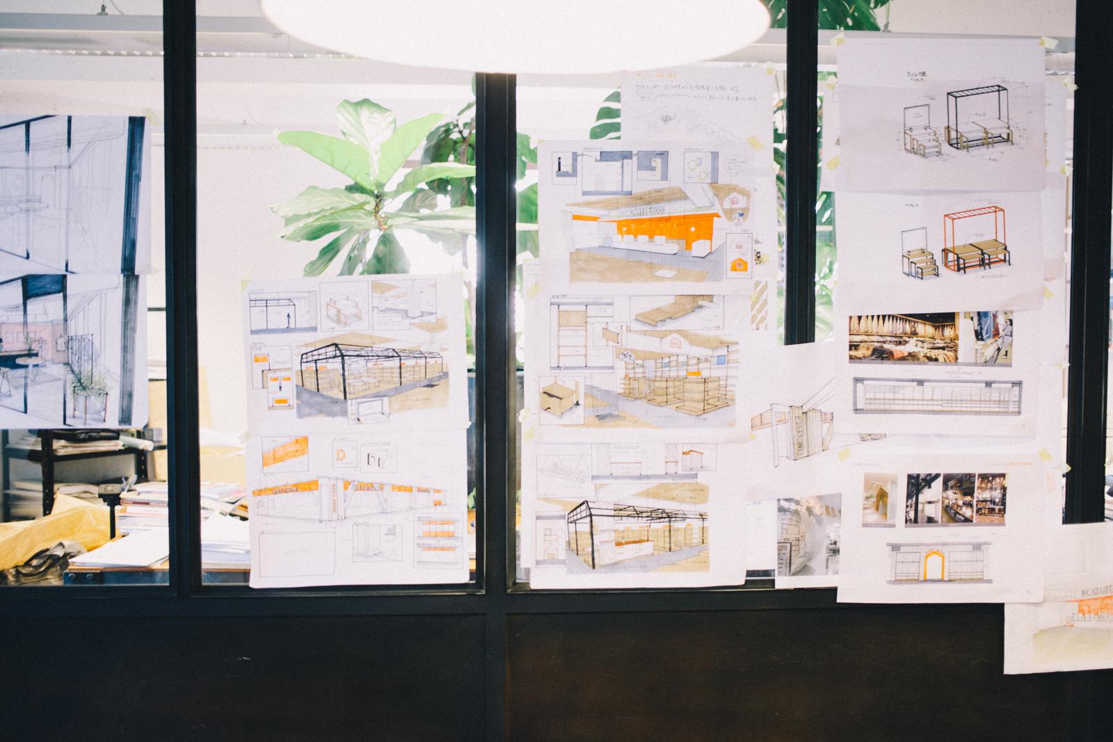 代々木上原 ヨーロッパアンティーク家具とクラフト雑貨のSIEBEN 3Fは建築デザインオフィスのTYPESEVEN