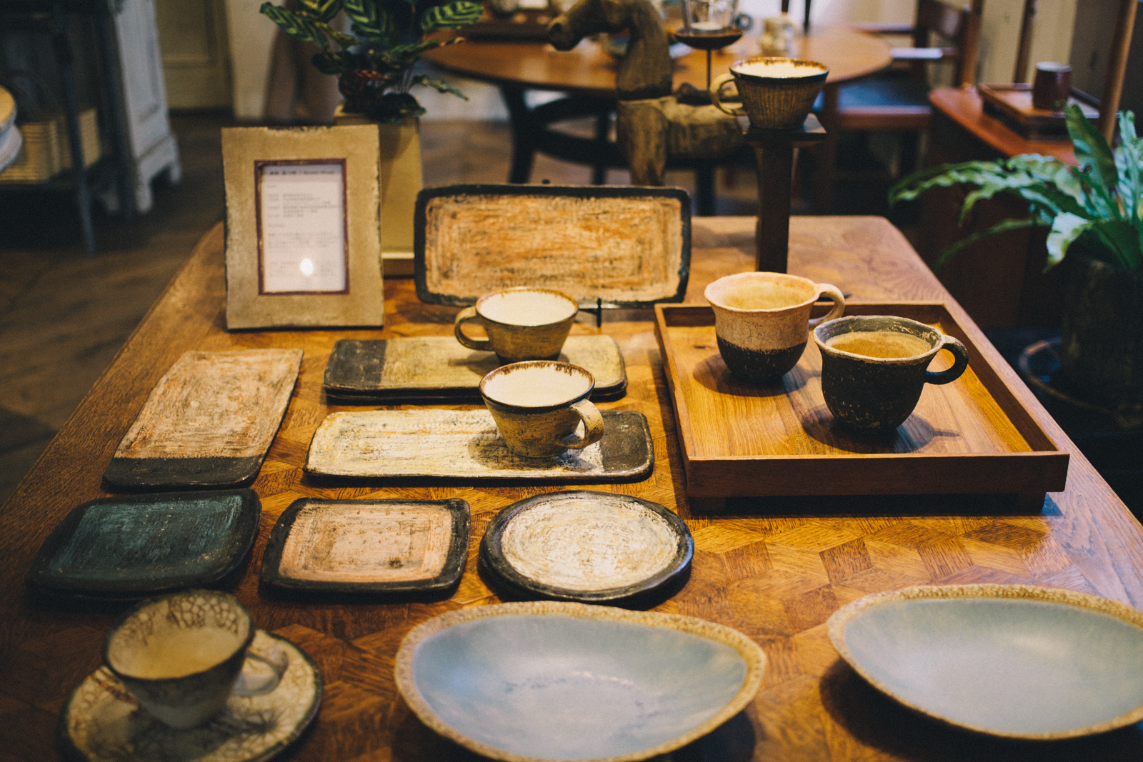 代々木上原 ヨーロッパアンティーク家具とクラフト雑貨のSIEBEN