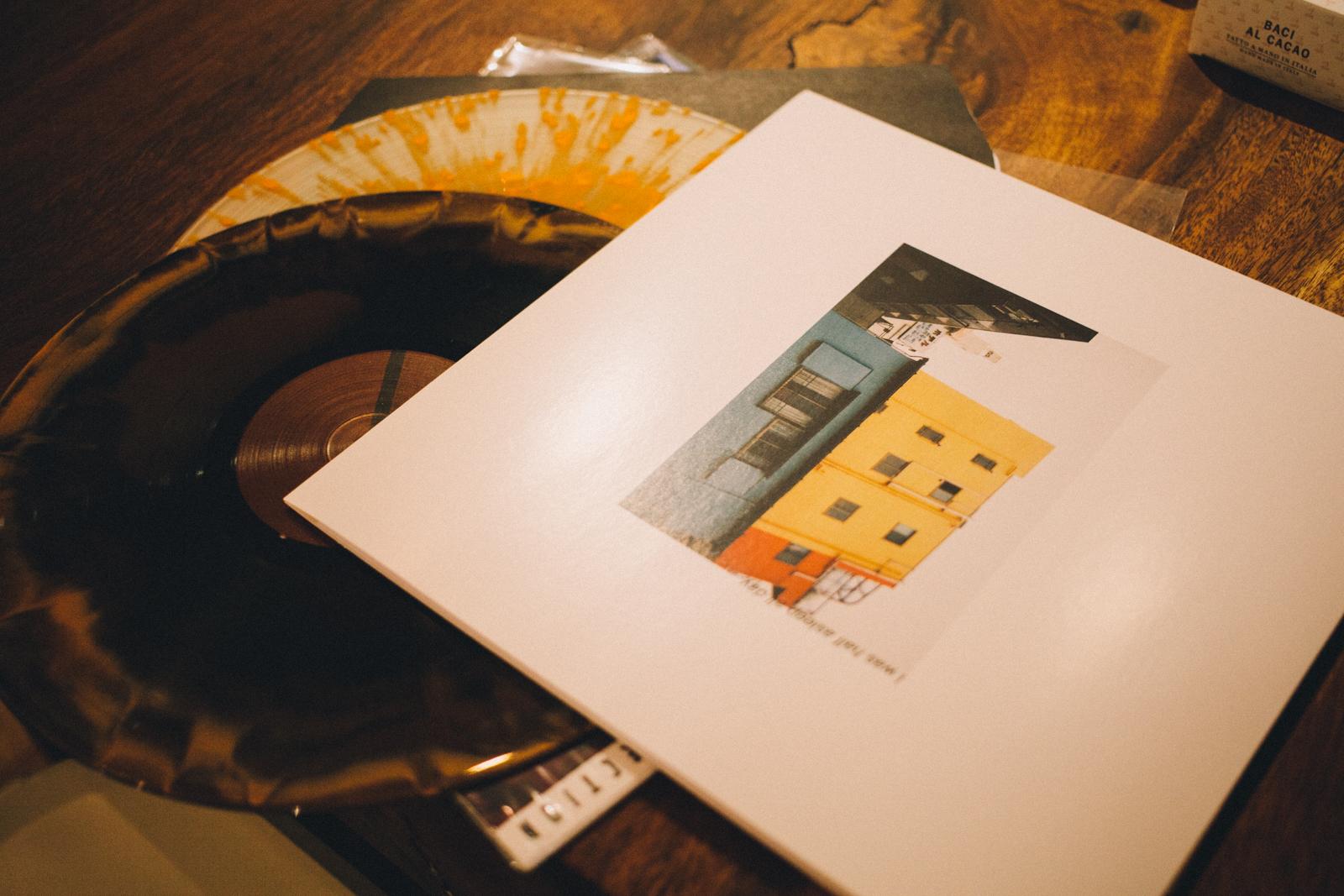 代々木上原 QRATES レコード制作や音楽メディアを手がける TDMS inc. ヨンボさん