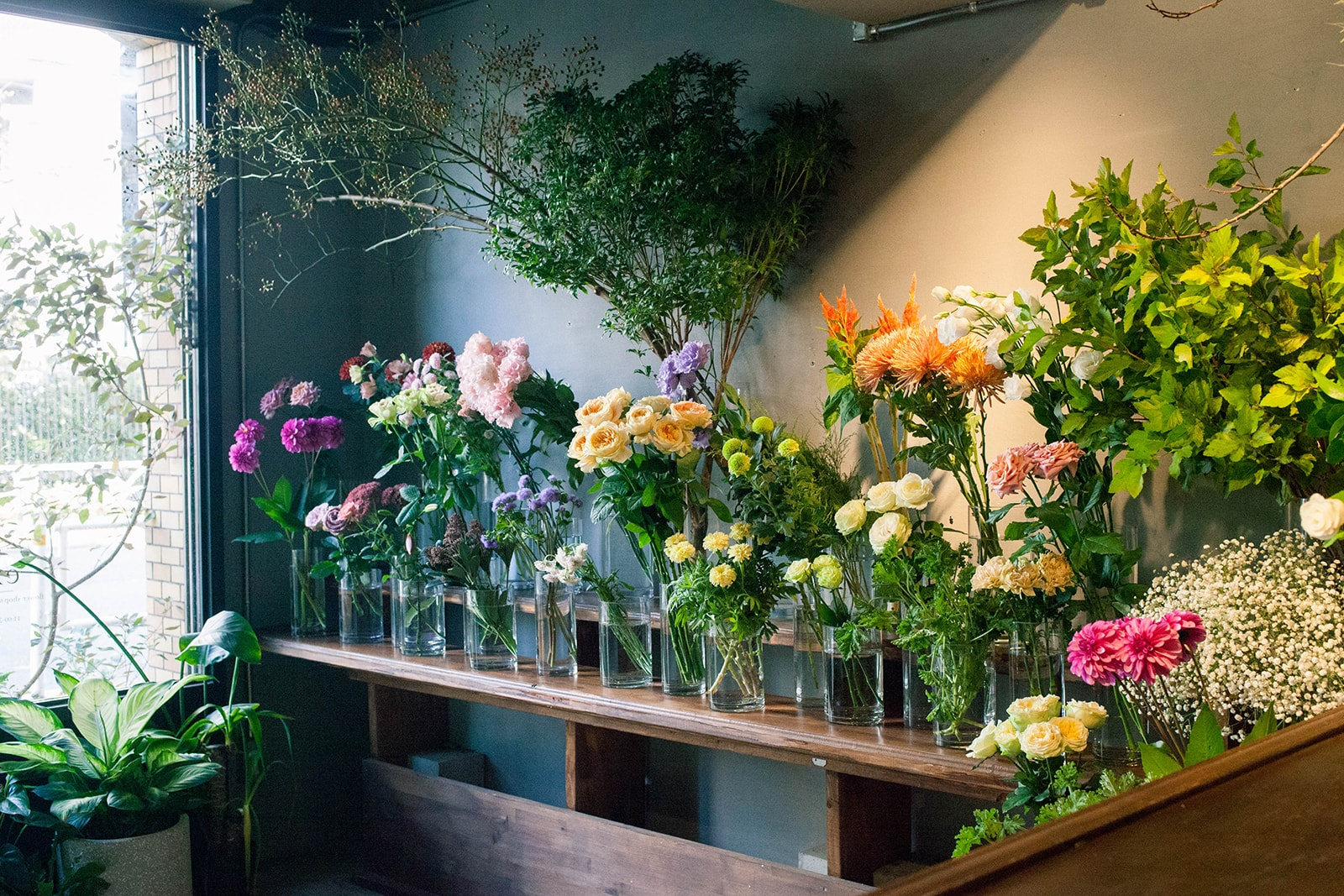 代々木上原の花屋 ex. flower shop & laboratory