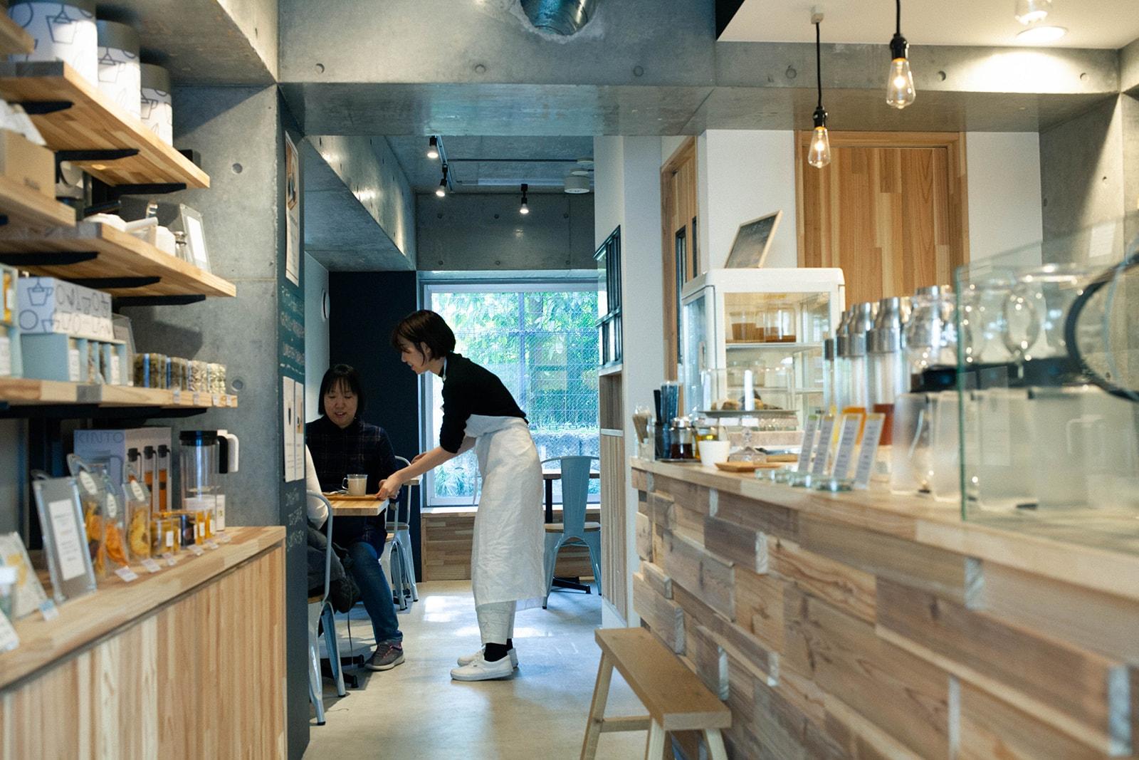 東京和茶房 内観 カフェ
